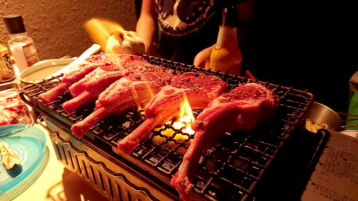 暑い日こそ、肉。