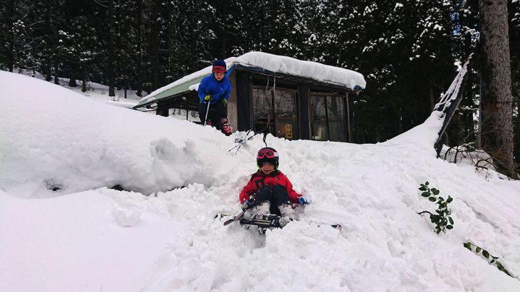 父の実家で雪遊び