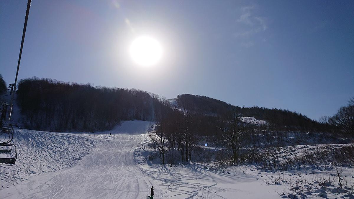 今シーズンの初スキーはジャングルジャングル