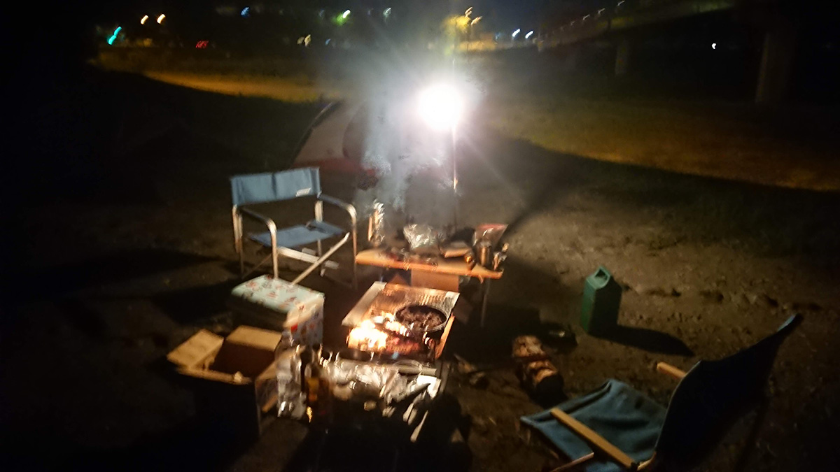 馬見ケ崎河川敷で作戦会議キャンプ