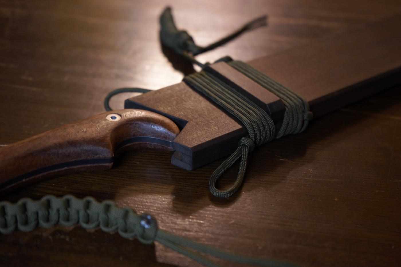 ナタアックスの鞘をDIYで作ってみました